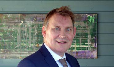 Michiel Schrier (SP) wordt nieuwe burgemeester van Vlieland